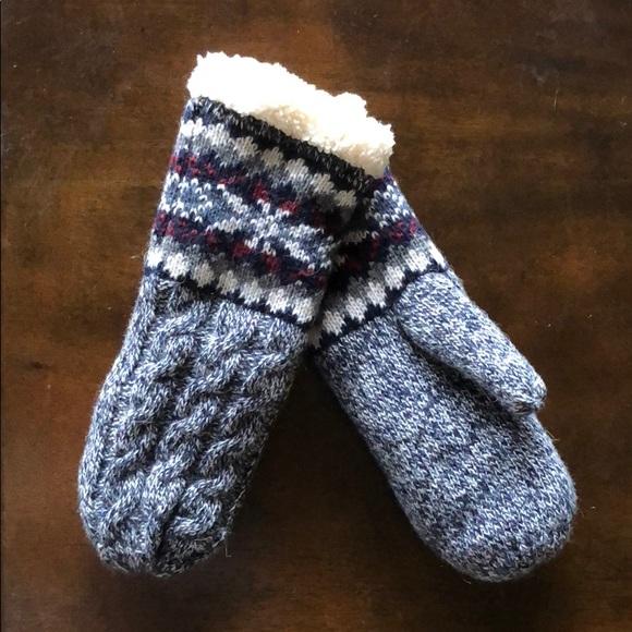 Accessories - Soft mittens